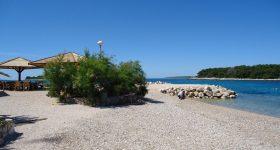 Maslinica_beach