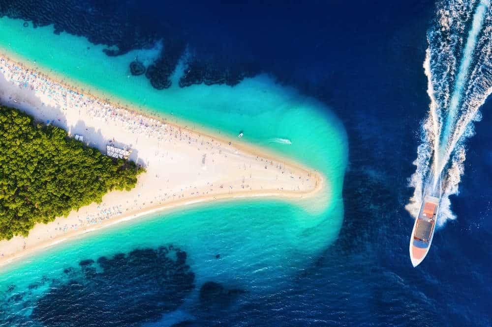Three islands tour - Bol, Hvar, Pakleni islands & Milna