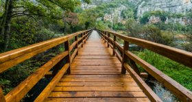 krka watterfalls bridge